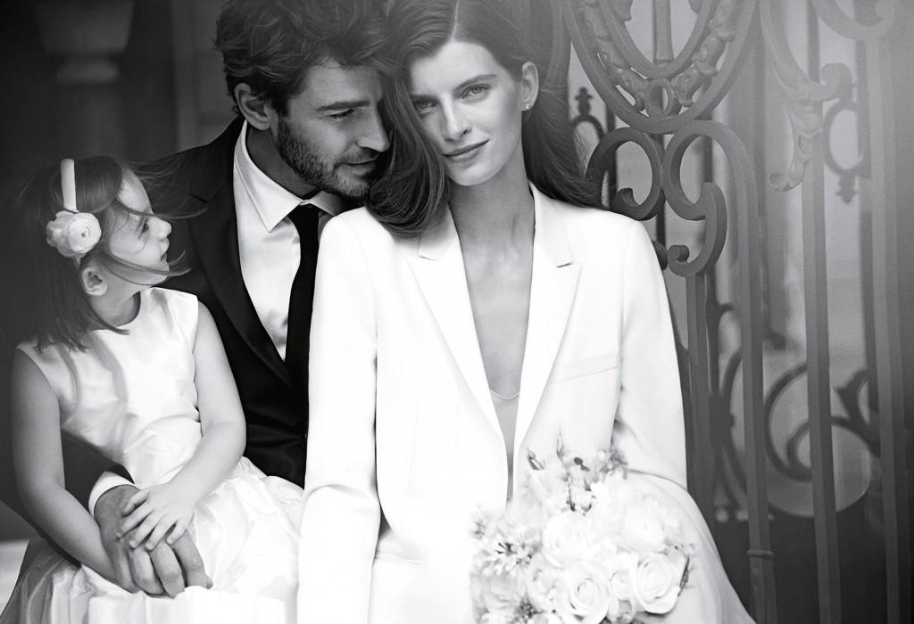 Nova campanha de aneis de casamento da joalheria Tiffany & Co. retrata cenas do cotidiano. Peter Lindbergh/Divulgação