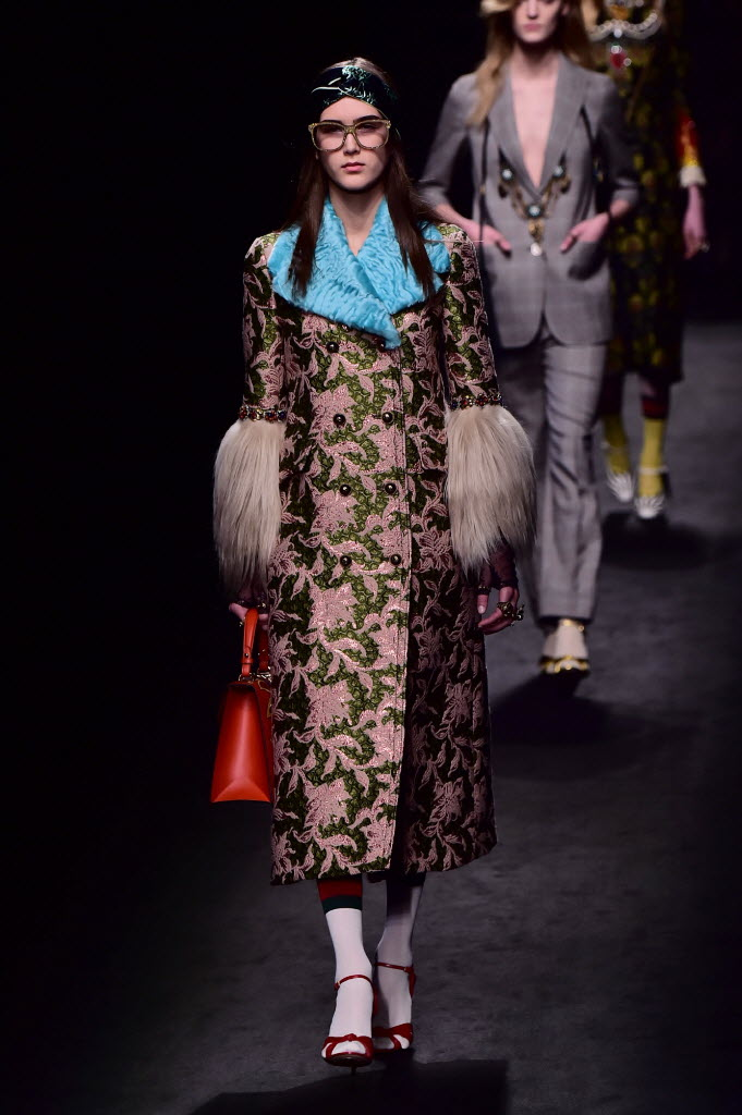 Look da coleção de Alessandro Michele para a grife Gucci. Crédito: Giuseppe Cacae/AFP