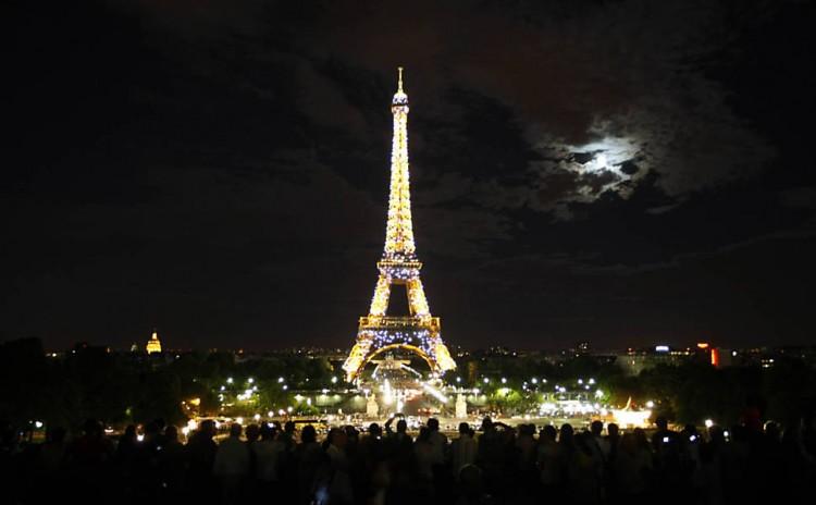 Torre Eiffel, cartão-postal de Paris. Crédito: Joel Silva/Folhapress